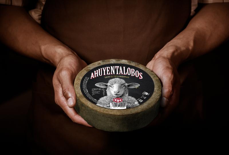 Queso Ahuyentalobos: el queso más macarra del valle del roncal